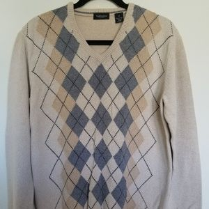 Van Heusen Argyle Sweater - Medium